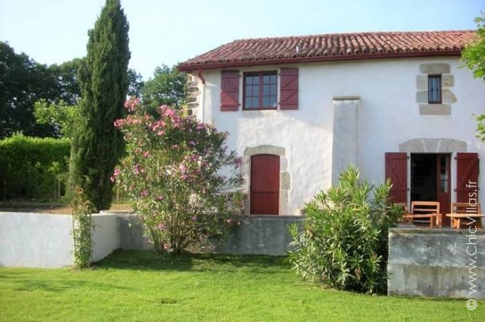 Collines Basques - Luxury villa rental - Aquitaine and Basque Country - ChicVillas - 16