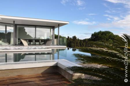 Location villa de luxe proche des plages sur la Costa Brava