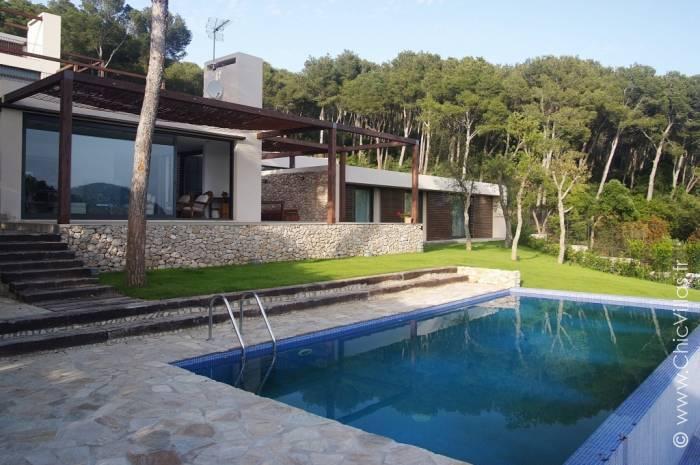 Villa de luxe proche plage, en Catalogne