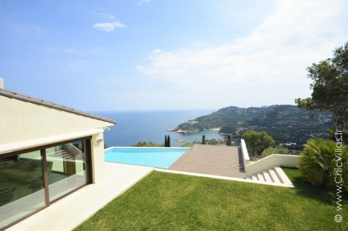 Cote  Costa Brava - Location villa de luxe - Catalogne (Esp.) - ChicVillas - 16