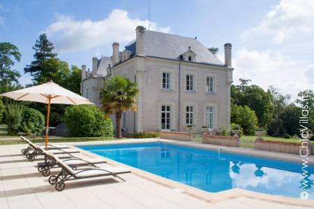 Chateau rental Entre Loire et Sèvre