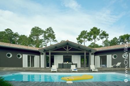 Rent beach villas pool, villa with pool, Cap ferret