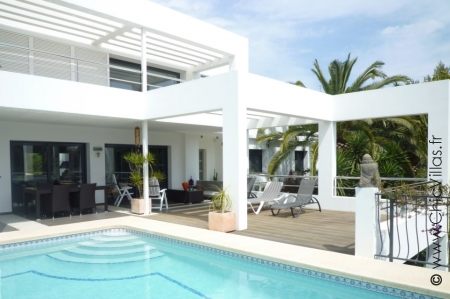 Charming villa for rent with pool, Costa Blanca.
