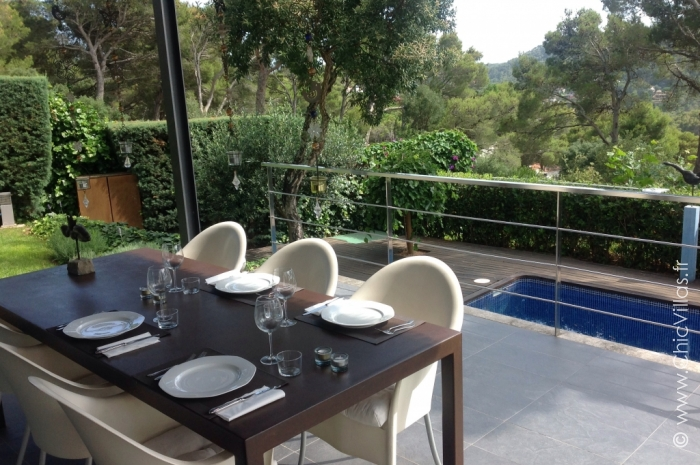 Green Costa Brava - Luxury villa rental - Catalonia (Sp.) - ChicVillas - 3