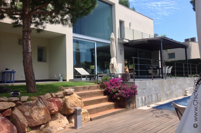 Green Costa Brava - Luxury villa rental - Catalonia (Sp.) - ChicVillas - 8