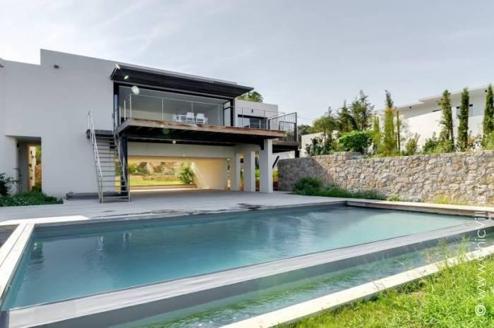 Horizon Calvi - Location villa de luxe - Corse - ChicVillas - 1