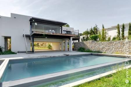 Luxury rental villa in Corsica: Horizon Calvi