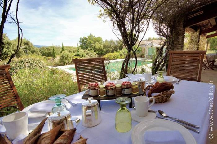 Idyllic Provence - Luxury villa rental - Provence and the Cote d Azur - ChicVillas - 13