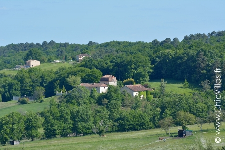 La Perigourdine - Luxury villa rentals with a pool in Dordogne ans South West France | ChicVillas
