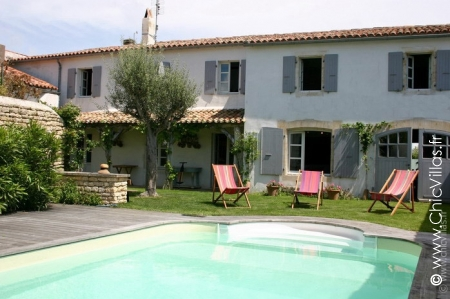 La Reposee - Location de Villas de Luxe avec Piscine en Vendee / Charentes | ChicVillas
