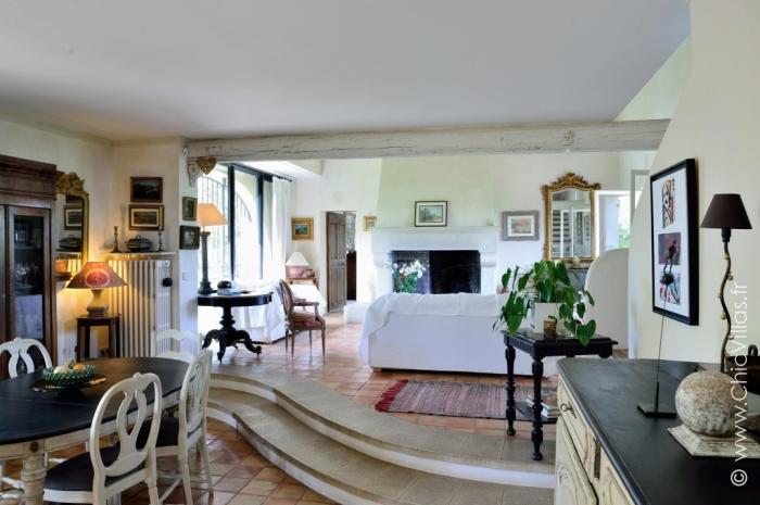 Lavandes Du Luberon  Location De Villas De Luxe Avec Piscine En