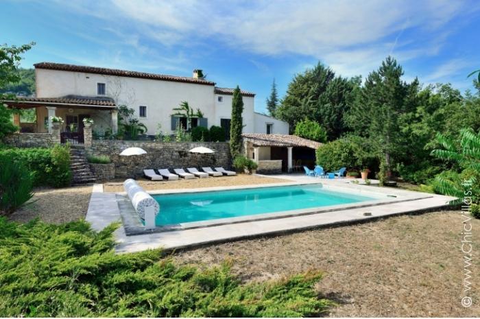 Lavandes du luberon location de villas de luxe avec - Location cote d azur avec piscine ...