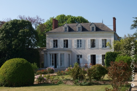 French charming villa rental with heated pool in Loire Valley.