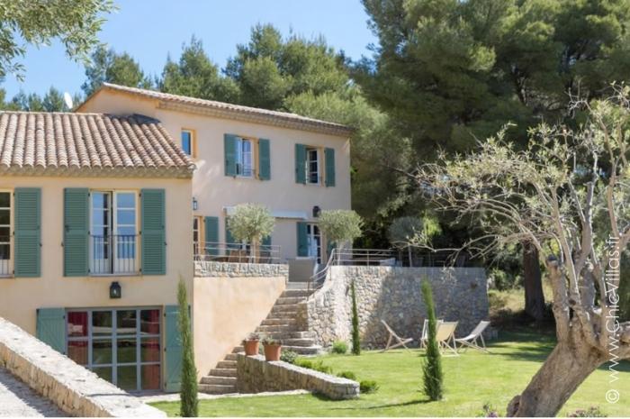 Location villa de luxe sur les hauteurs de la Côte d'Azur