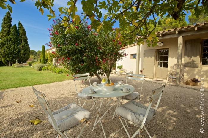 Luxury Alpilles 11 - Luxury villa rental - Provence and the Cote d Azur - ChicVillas - 29