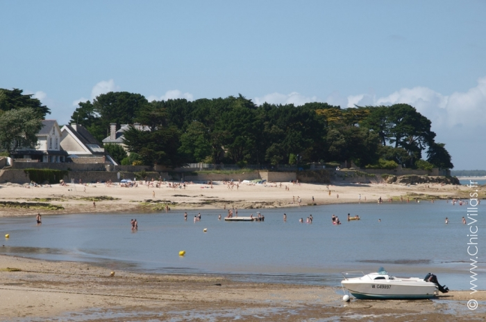 Plage et Village - Location villa de luxe - Bretagne / Normandie - ChicVillas - 3