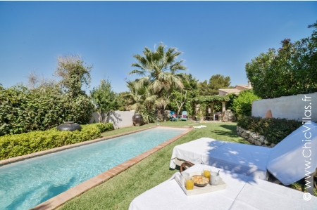 Plages de Javea - Luxury villa rentals by the sea in Costa Blanca (Spain) | ChicVillas