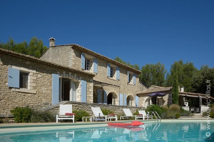 Louer grande villa avec piscine dans le Luberon
