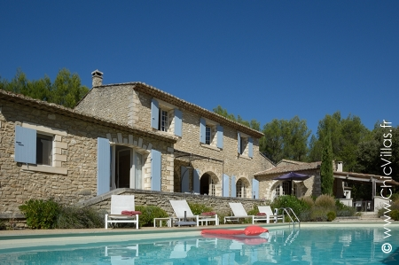 Luberon villa rental in Provence, south of France