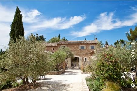 Provence ou Alpilles - Location de Villas de Luxe d'Exception en Provence / Cote d Azur | ChicVillas