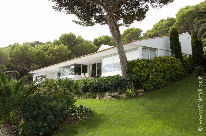 Pure Luxury Costa Brava - Luxury villa rental - Catalonia (Sp.) - ChicVillas - 3