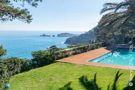 Spanish holiday villa Pure Luxury Costa Brava