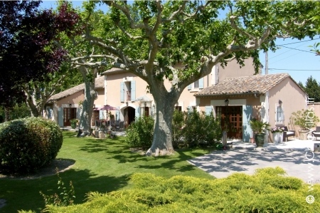Pure Provence - Luxury villa rentals with stunning views in Provence and the Cote d'Azur  | ChicVillas