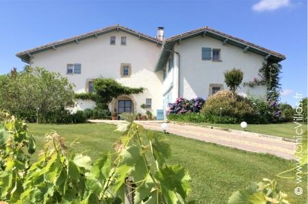 Luxury rental villa rêve basque