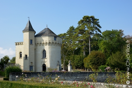 Luxury chateau for rent in the Loire Valley
