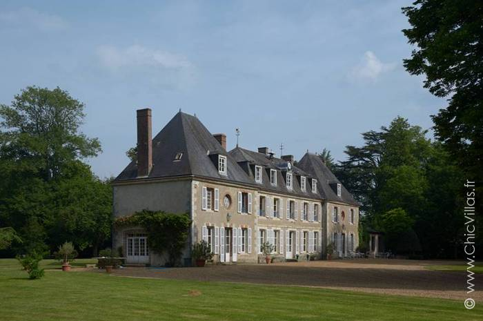 Un Chateau Francais - Location villa de luxe - Paris / Ile de France - ChicVillas - 3