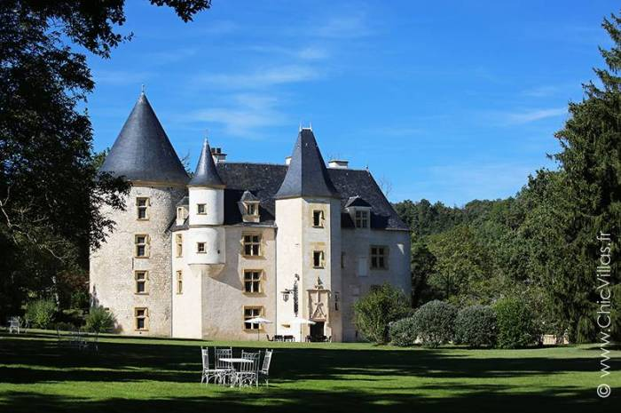 Un Chateau sur la Garonne - Luxury villa rental - Aquitaine and Basque Country - ChicVillas - 1