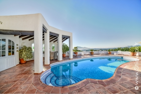 Charming villa rental with pool Spain