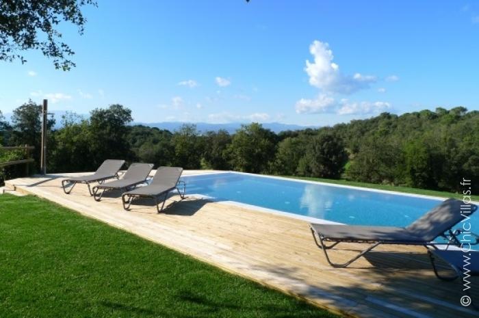 Verde catalonia location de villas de luxe avec piscine for Location villa avec piscine normandie