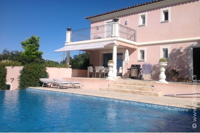 Villa Les Hauts de Frejus - Luxury villa rental - Provence and the Cote d Azur - ChicVillas - 1