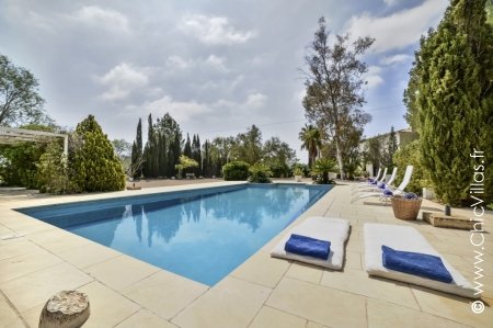 Rent nearby golf course villa in Costa Blanca, Spain